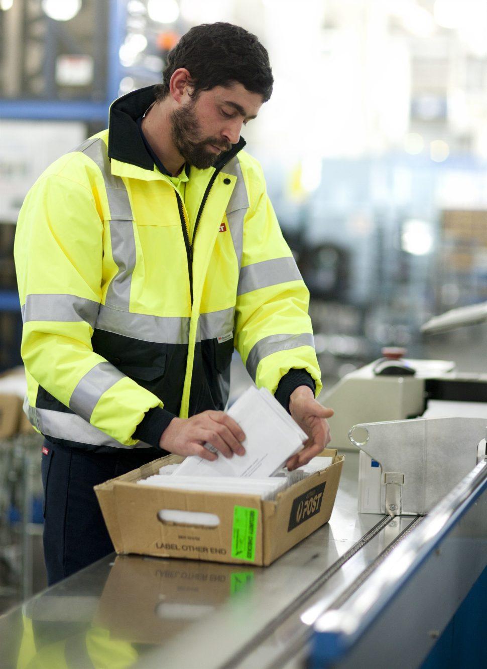 australia post mail hold