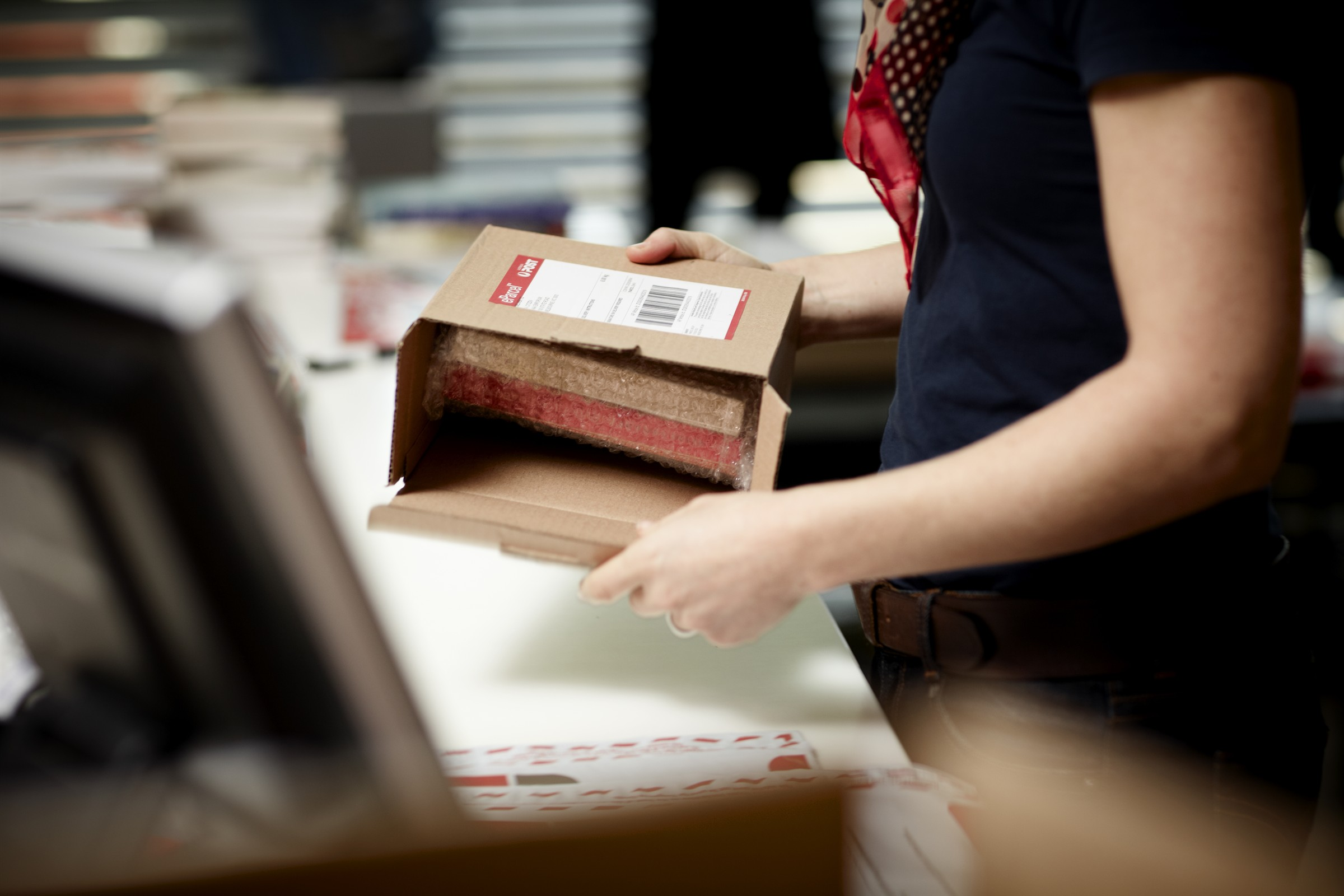 Order by midnight for next day delivery to parcelshops around the UK. Next day delivery applies Sunday - Friday.* Orders placed on a Saturday will be delivered on Monday. Our choice of parcel shops will be displayed during checkout. Returns Just return your items to any Next store for an easy refund.