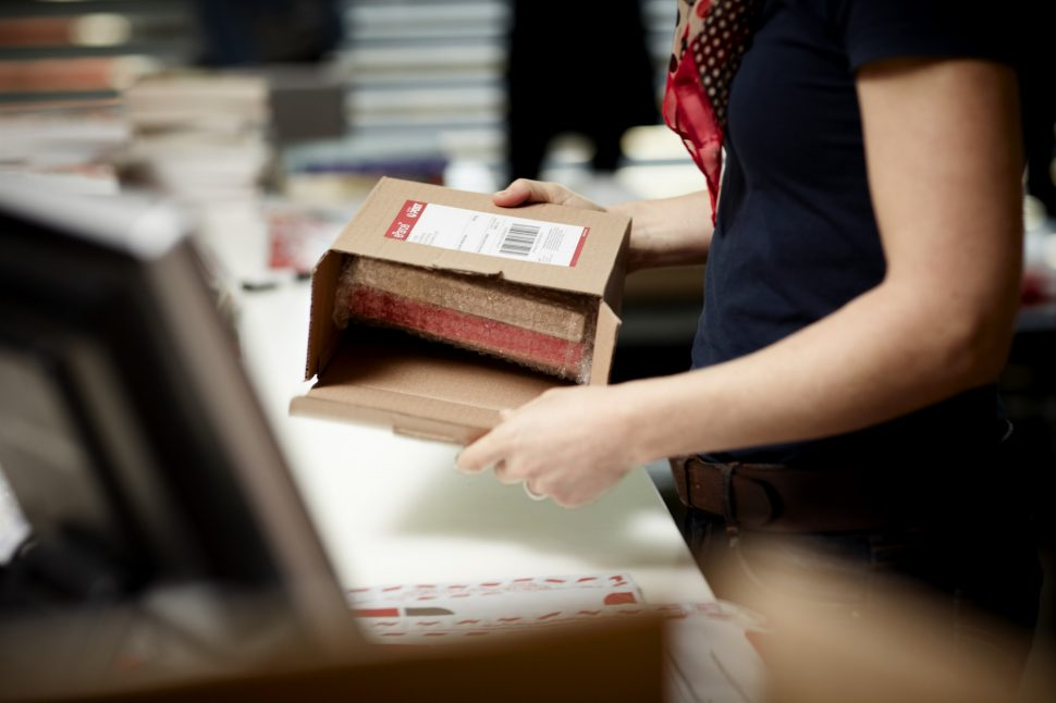 Collecting missed deliveries - Australia Post
